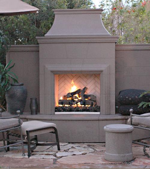 grand-petite-cordova-fireplace